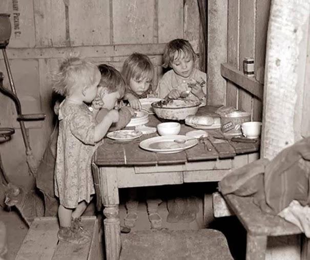 cena-di-natale-durante-la-grande-depressione-rape-e-cavolo
