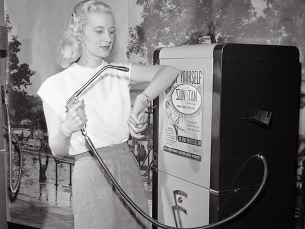 distributore-automatico-della-suntan-1949