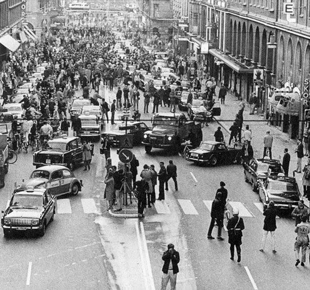 prima-mattinata-dopo-che-in-svezia-venne-invertito-il-senso-di-guida-da-sinistra-a-destra-1967